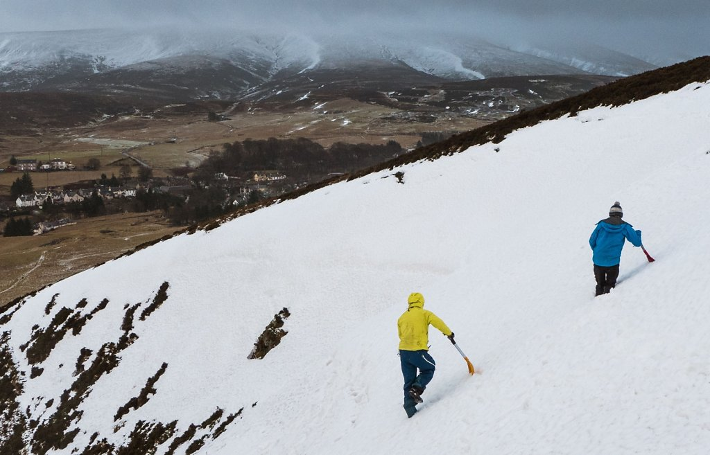 Avalanche search and rescue exercises
